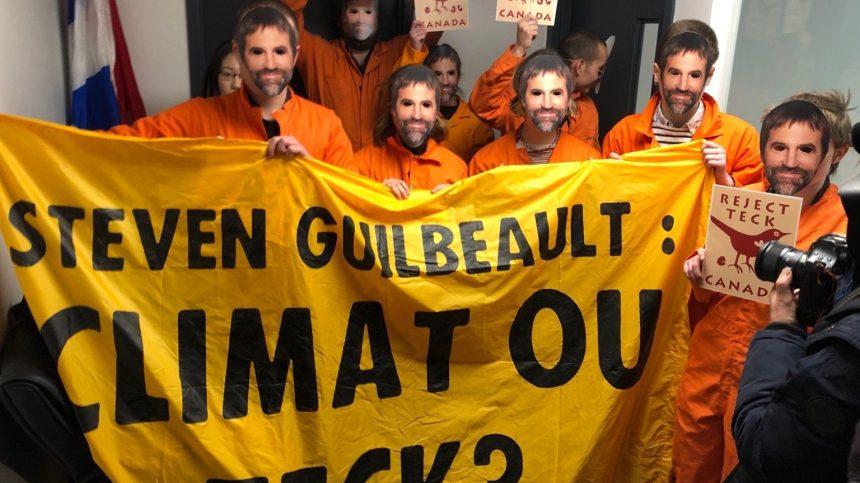 Les bureaux de Steven Guilbeault occupés par des écologistes