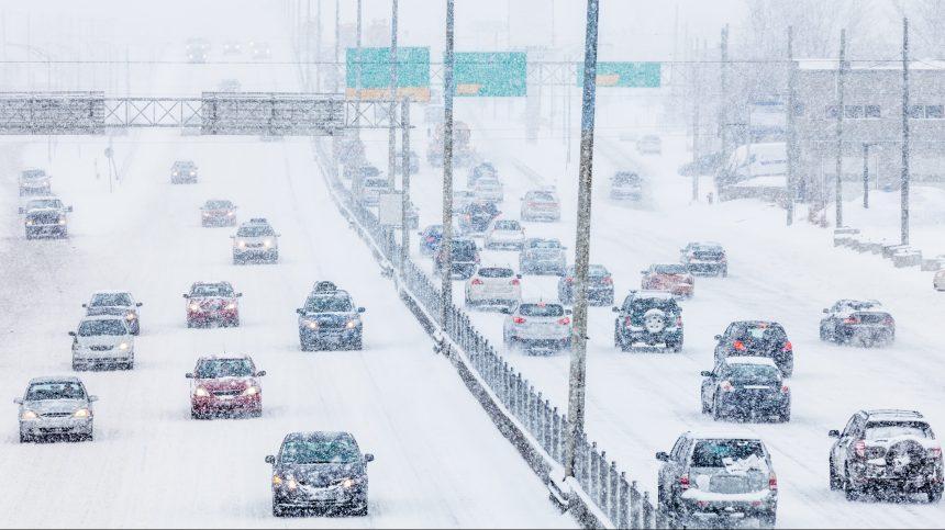 Plusieurs carambolages au Québec en raison de la tempête hivernale
