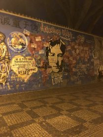 mur Lennon