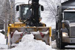 Montréal entame sa deuxième opération de chargement de la neige