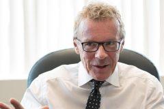 Droit à la déconnexion: Jean Boulet se dit soucieux mais n'entend pas légiférer