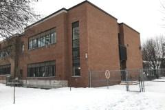 Cour d'école réaménagée à l'école Victor-Thérien