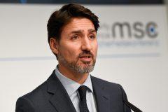 Trudeau rappelle aux voyageurs qu'ils doivent se mettre en quarantaine