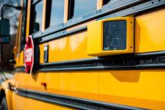 Sécurité routière: une motion pour des caméras sur les autobus scolaires