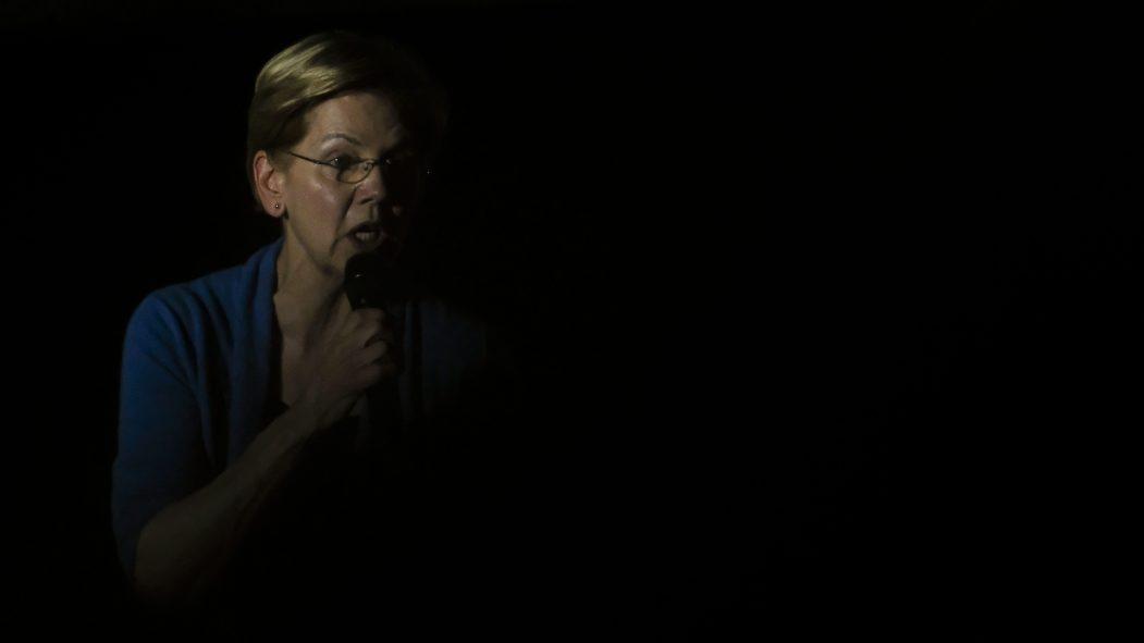 Primaire démocrate: Elizabeth Warren abandonne à son tour