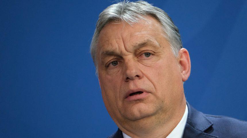 Hongrie: pouvoirs quasi illimités pour Orban sous prétexte de coronavirus
