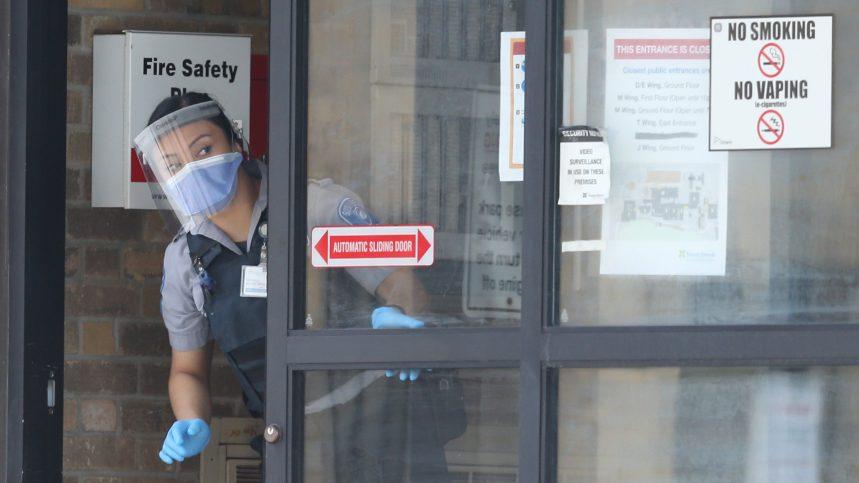 Coronavirus: 28 000 morts, Wuhan progressivement rouverte
