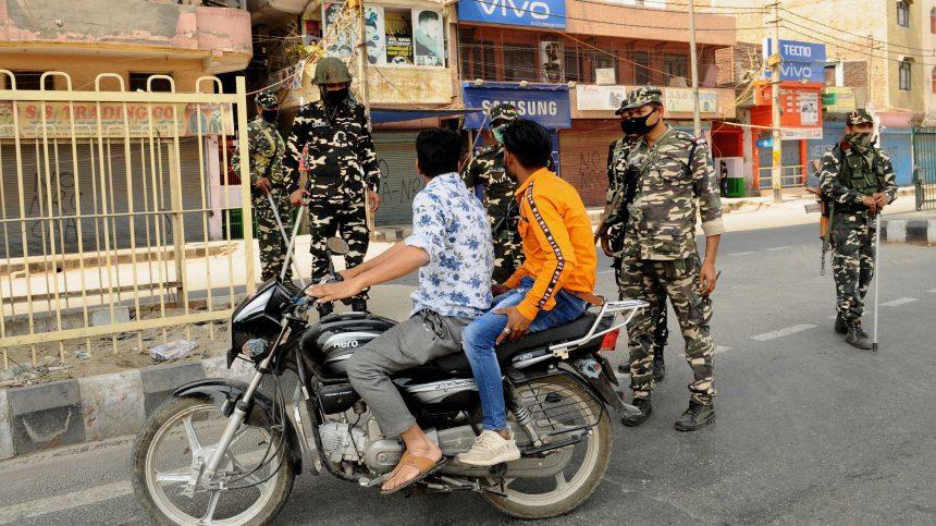 Inde: 1,3 milliards de personnes en confinement pendant trois semaines