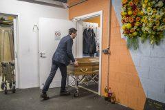 Coronavirus: plus de 3000 morts en France, dont 418 en une journée