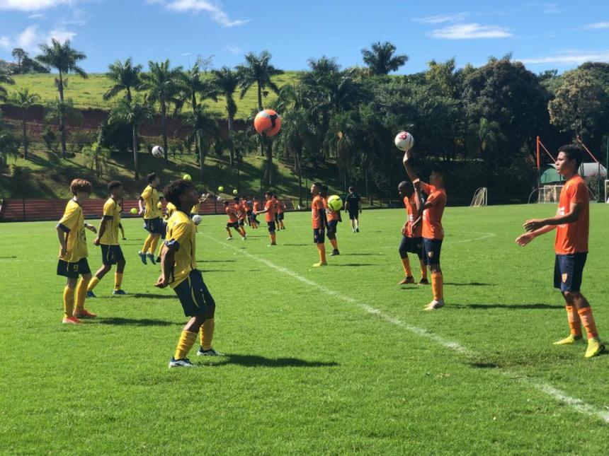 Le Club de soccer Mercier-Hochelaga-Maisonneuve fait relâche au Brésil