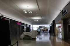 Coronavirus: des dizaines de commerces forcés de fermer à Saint-Laurent