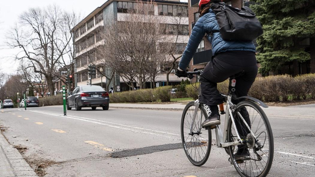 distanciation sociale cycliste
