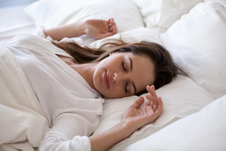 COVID-19: cinq trucs pour bien dormir pendant la crise
