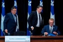 François Legault appelle les Québécois au bénévolat