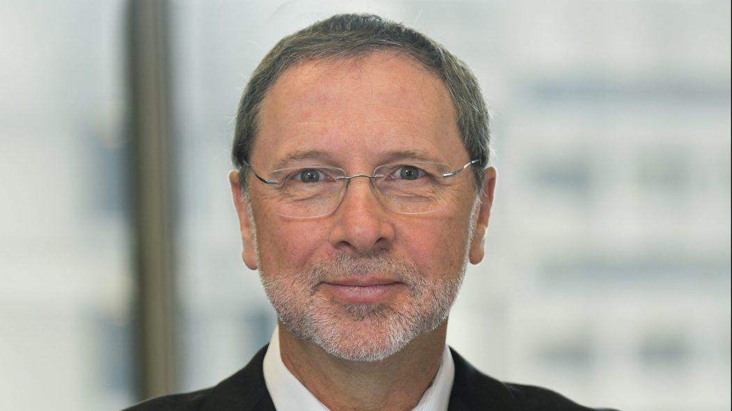 M. Yves-Thomas Dorval est le président et le chef de la direction du Conseil du patronat du Québec