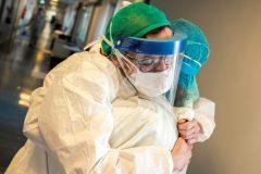 COVID-19: les travailleurs de la santé plus infectés à Montréal