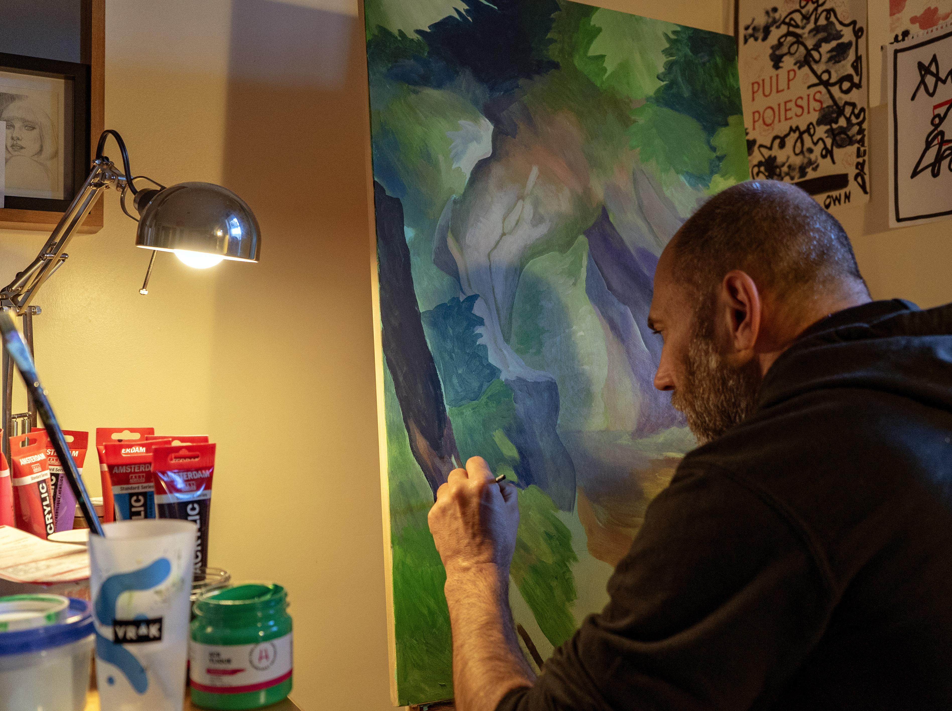Les artistes Ankhone et Dodo Osé ont hâte de sortir du confinement pour pratiquer leur métier, l'art mural.