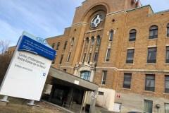 Coronavirus : une centaine de soignants contaminés dans le nord de Montréal