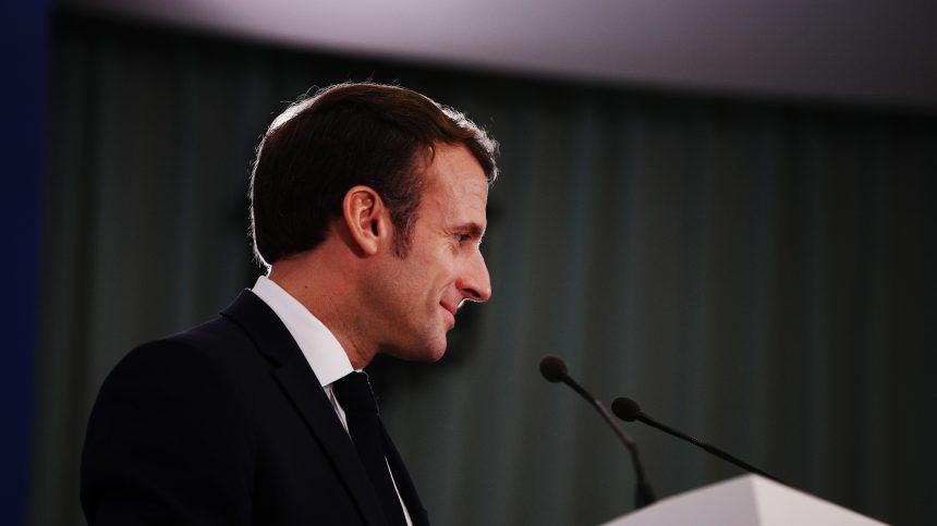 Emmanuel Macron prolonge le confinement en France jusqu'au 11 mai