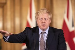 Boris Johnson «stable» en soins intensifs