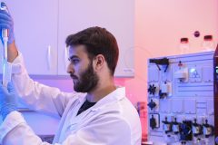 Coronavirus: l'OMS met en garde contre les «passeports immunitaires»