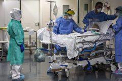 COVID-19: des devoirs à faire avant de laisser mourir des patients