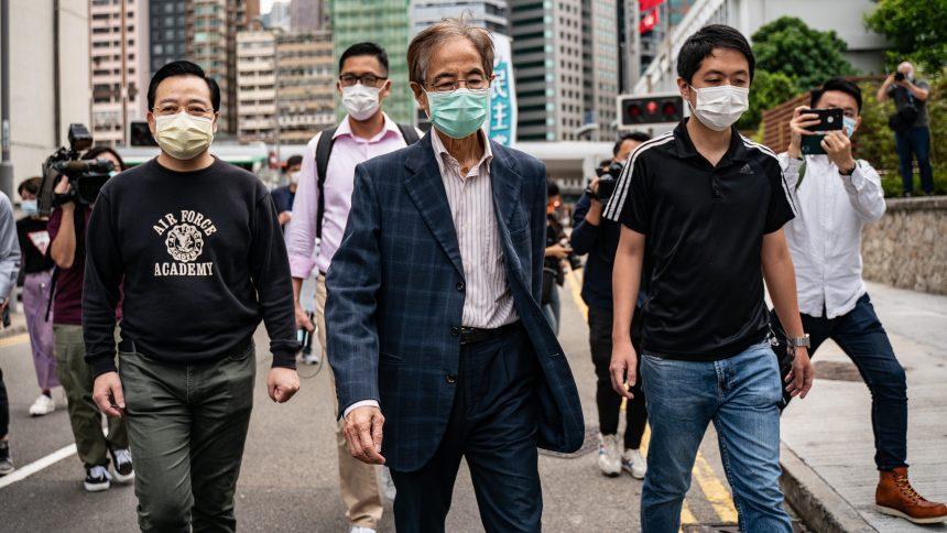 Hong Kong: 14 arrestations de militants pro-démocratie