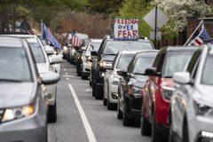 Coronavirus: manifestation contre le confinement dans le New Hampshire