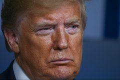 Trump va suspendre temporairement l'immigration aux États-Unis