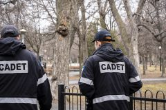 Coronavirus: présence policière accrue dans six grands parcs de Montréal