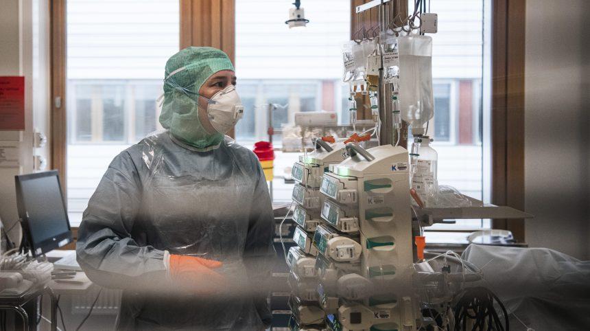 Coronavirus: la Suède veut recruter 10 000 soignants