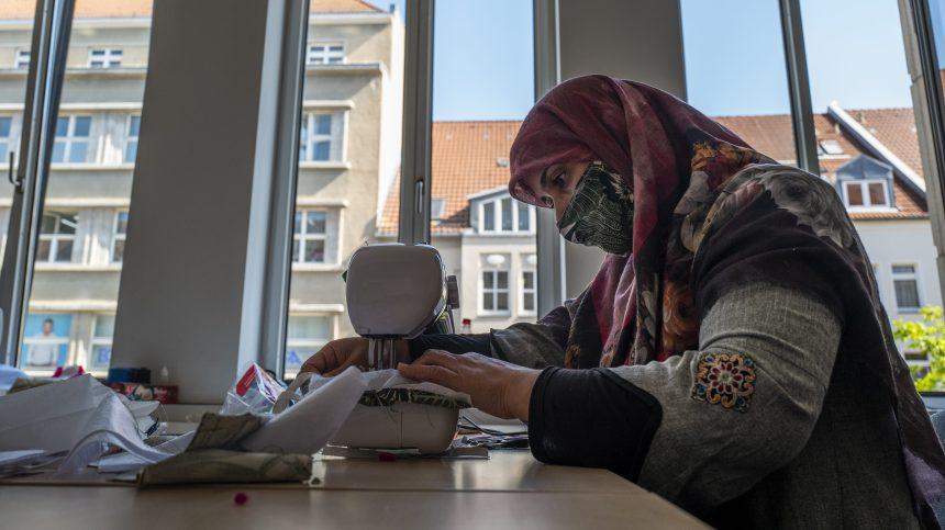 Allemagne: des migrants solidaires dans la lutte contre le coronavirus