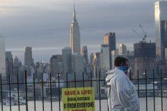 Le confinement s'éternise à New York, l'avenir de la ville en question
