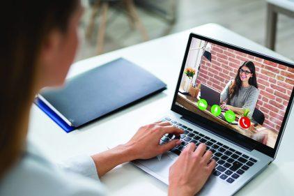 Cinq erreurs à éviter lors d'une vidéoconférence professionnelle