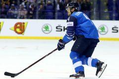 Les Maple Leafs offrent un contrat d'une saison au défenseur Mikko Lehtonen