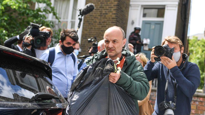 Confinement: la pression monte sur un conseiller de Boris Johnson
