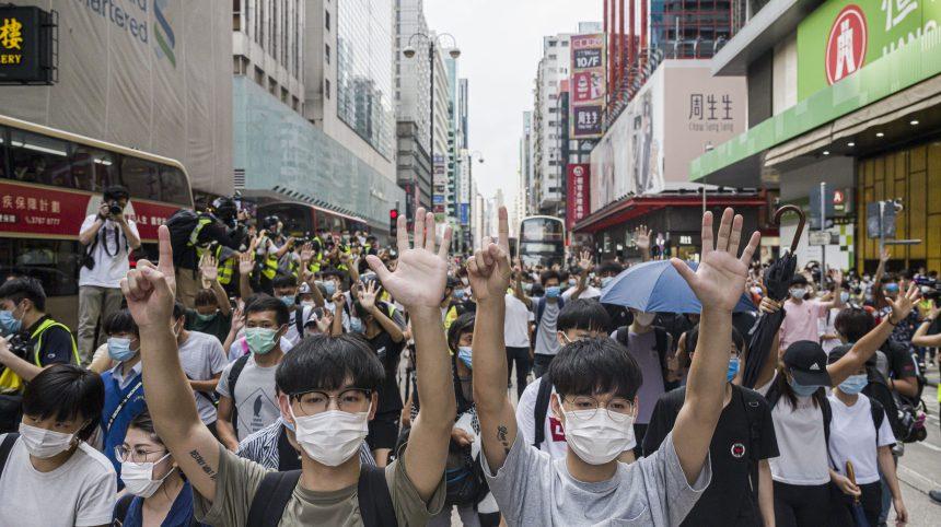 Chine: le Parlement engage la prise de contrôle de Hong Kong