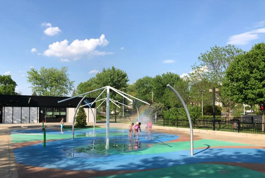 Réouverture des jeux d'eau à Ahuntsic-Cartierville