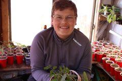 À 13 ans, il fait sa part pour l'agriculture urbaine
