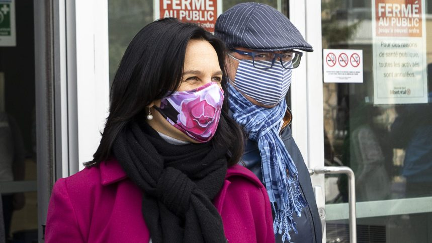 Montréal rendra obligatoire le port du masque dans les lieux publics fermés