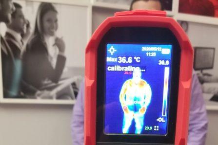 Des caméras thermiques pour cibler les personnes fiévreuses