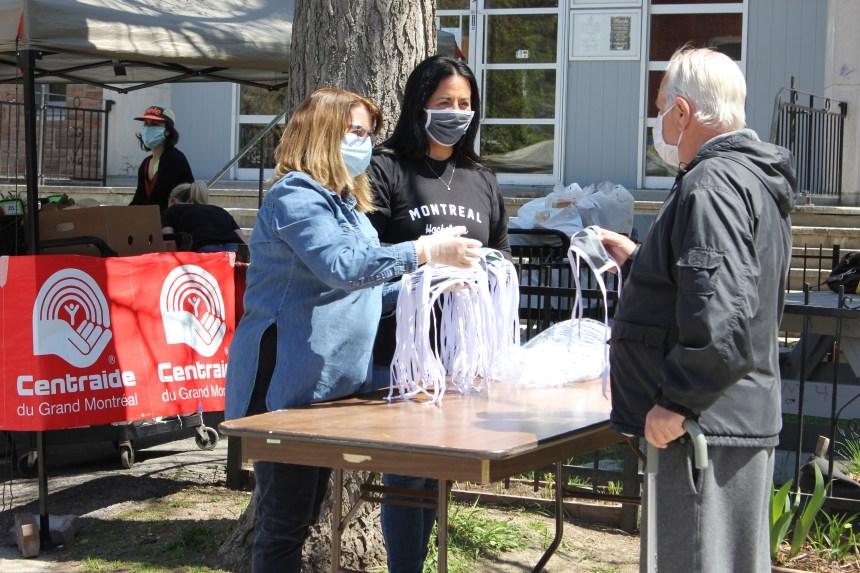MHM: une distribution de masques au Chic Resto Pop