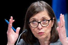 La ministre McCann dit vouloir mettre fin à l'omerta; la FIQ en doute