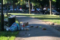 Les poubelles débordent dans les parcs de Rosemont