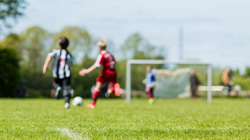 Renfilez vos crampons: les sports d'équipe pourront reprendre