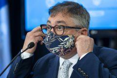 Le Québec «dans la deuxième vague», affirme Arruda