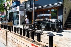 Pandémie: les bars fermeront deux heures plus tôt