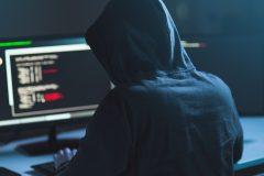 Vaccin: des cyberpirates russes tentent de subtiliser de l'information canadienne