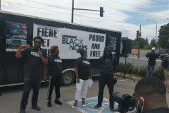 Les «Noirs au volant» défilent à Montréal contre le profilage racial
