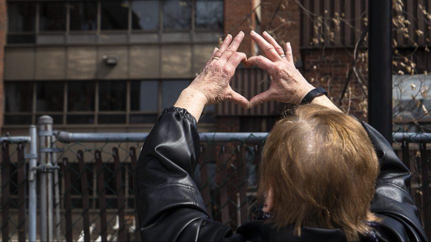 L'OMS dénonce un manque d'investissements dans les foyers pour aînés